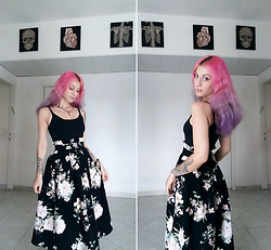 Macabre Doll - Bershka Skirt - Chill morning