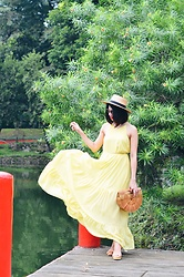 Cassey Cakes - H&M Dress, H&M Hat, H&M Sandals, Mango Sunnies - Canary