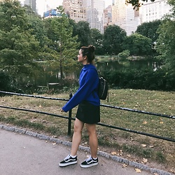 Haley D. - Vans Sneakers, H&M Faux Leather Skirt, H&M Sweater, Zara Backpack - Blue in NY