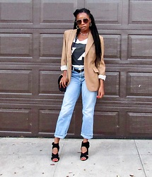 Shanell Holland - Gap Jeans, H&M Graphic Tee - Thrifted Slayage