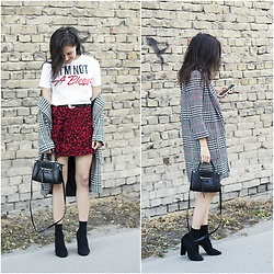 Marijana M - Zara White T Shirt With Print, Zara Red Leopard Printed Skirt, Zaful Houndstooth Coat, H&M Black Bag With Zip, H&M Black Belt With Silver Buckle, H&M Black Socks Over Sandals - I'm not a blogger
