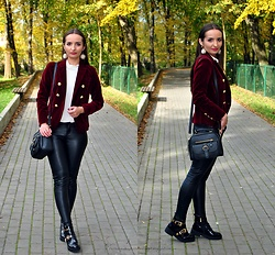 Natalia Uliasz - Rosegal Ball Drop Earrings, Rosegal Velvet Blazer, Rosegal Velvet Bodysuit, Mohito Leather Pants, Zaful Bag, Renee.Pl Boots - Velvet blazer from Rosegal