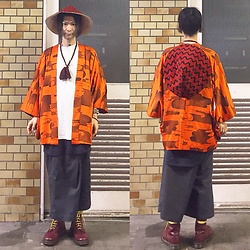 @KiD - Emerald Thirteen Japanese Classic Hat, Vintage Kimono, Fr Renuwal Remake Dickies, Funk Plus Studs Bracelet, Dr. Martens Cherry Red 10 Holes - JapaneseTrash217