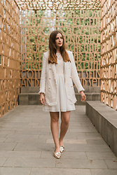 Andrea Funk / andysparkles.de - Zara Coat, Only Dress - White in White