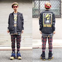 @KiD - Override Rasta Beret, Obey Bad Brains, Obey Bad Brains, 666 Zip Bondage Pants, Camper Bernhard Willhelm - JapaneseTrash218