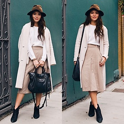 Gabrielle Tan - Sol Sana, Balenciaga, Oak And Fort, Aritzia, Forever21 - Fall tones