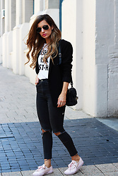 Emily S - Zara Graphic Tee, Ksubi Ripped Black Denim Jeans, Superga Pale Pink Sneakers - Black Blazer