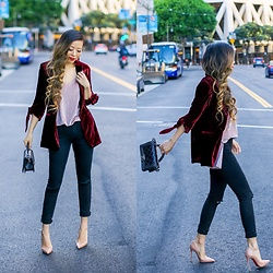 Sasa Zoe - Less Than $100 Velvet Blazer, Cami, Earrings, On Sale Jeans, Heels, Bag - CRUSHING VELVET
