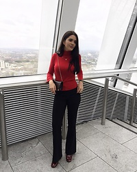 Justyna Lis - H&M Red Turtleneck, New Look Flared Pants, Zara Leather Boots - Red turtleneck visits The Sky Garden