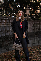 Swantje Sömmer | OffwhiteSwan - Gucci Bag, All Items On My Blog - Oversized Sweater & Gucci Dionysus