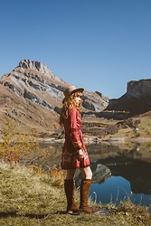 Alexe Bec - Chasing Unicorn Dress, Lack Of Color Hat, Minka Boots - Gypsy Woman