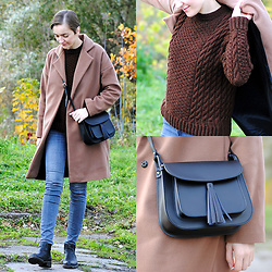 Ryfka (Szafa Sztywniary) - A2 Camel Coat, Mia Vertone Handmade Sweater, Jonn Fish Leather Purse, Lee Jeans, Ecco Chelsea Boots - Chocolate & caramel