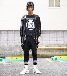 @KiD - (K)Ollaps Noise Music, Phychic Tv, Evil Twin Sequined Jacket, Monochrome Sweat Pants, Dr. Martens White Boots, Funk Plus White Bracelet - JapaneseTrash227