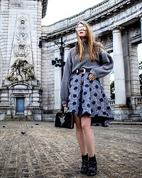 Julia - Noweekends Sweater, Metisu Dress, H&M Boots, Dezzal Bag - Monochrome & polka dots