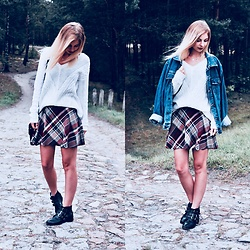 Dominika & Ola - Cubus Sweater, Second Hand Skirt, Second Hand Jeans Jacket, Second Hand Boots - Tartan lover