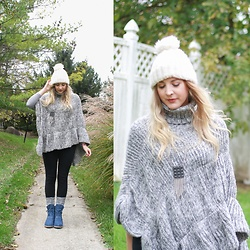 BG by Christina L - Rosegal Gray Knit Poncho, Bearpaw Blue Lace Up Boots, Bearpaw Gray Knit Boot Socks - Chunky Knit Poncho {Your Quirks Are Your Strengths}