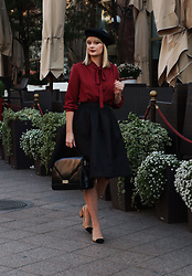 Ana Vukosavljevic - Metisu Blouse, Romwe Skirt, Picard Bag, Shoes Of Prey, New Yorker Beret - How To Find Inspiration For Blog Posts?
