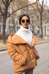 Yasmina Jeddou - H&M Quilted Jacket - Quilted Jacket