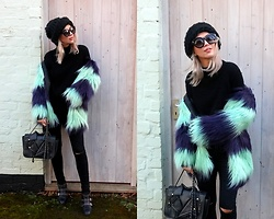Joanna L - Aliexpress Coat, The Rusty Wool Hat, Primark Boots - Autumn look/ faux fur coat