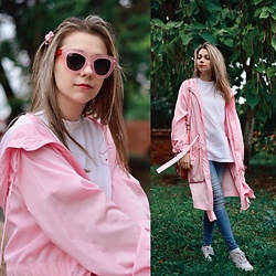 Eliza S. - Modis Glasses, Bershka T Shirt, Asos Raincoat, Lime Jeans, Nike Sneakers - Cotton candy