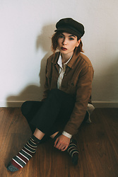 Silvy De Jong - Brixton Hat, Samsoe Pants, Becksondergaard Socks - Layers and sparkly socks