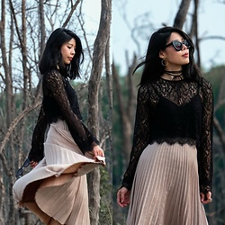 B @Style Voyage - Nasty Gal Lace Crop Top, Mango Pleated Skirt - Into the woods
