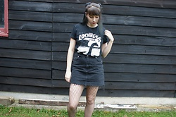Maddie C - Oh So Grim Lochness Top, Topshop Denim Skirt - Oh So Grim - Lochness top