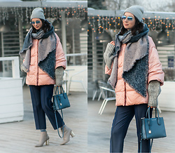 Arina V. - H&M Scarf, 12storeez Jacket, Pull & Bear Sweater, Mango Pants, Zara Boots, Michael Kors Bag, Ray Ban Sunglasses, H&M Hat - Pink, grey and blue