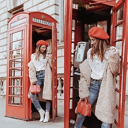 Stephanie Van Klev - United Colors Of Benetton Beret, Steffen Schraut Blouse, H&M Teddy Coat, Valentino Bag, Levi's® Jeans, Zara Ankle Boots - London My Love