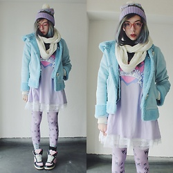 Candy Thorne - Listen Flavor Tunic, Swimmer Shoes, Swimmer Beanie, Thrifted Coat - Brrrr