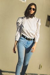 Sami Mauskopf - Express Ruffle Top, Topshop Light Washed Jeans - Ruff(le) Around the Edges