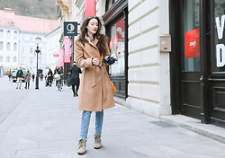 Veronika Lipar - Escada Camel Wrap Coat, Escada Yellow Shoulder Bag, Isabel Marant Olive Green Sneakers - Casual Camel Coat and Local Market Look