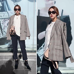 Rekay Style - Topshop Cable Knit Top, Topshop Kitten Heel Boots, Marc Jacobs Camera Bag, Gucci Retro Sunglass - Check Jacket & Cable Knit