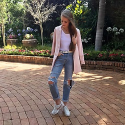 Nikki S - H&M Jeans, Nike Shoes - Oversized Pink Blazer