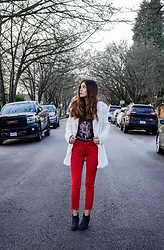 Maria P - Aliexpress White Faux Fur Jacket, White Stripes Tee, Springfield Red Raw Hem Jeans, Andre Black Ankle Boots - Candy Cane Child