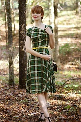 Bleu Avenue - Unique Vintage Green Plaid Dress - Insert Plaid Pun Here