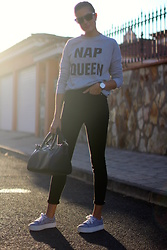 Marianela Yanes - Christian Dior Sunglasses, Zara Jeans, Pull & Bear Sneakers - NAP QUEEN
