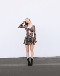 Katie Van Daalen Wetters - For Love & Lemons Leopard Dress, Public Desire Suede Boots, Saint Laurent Ysl Wallet On Chain - For Love and Lemons
