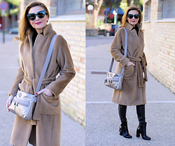 Vale ♥ - Kipling Angie Bag, Giancarlo Paoli Ankle Boots, Dior Sunnies - Cozy coat and Kipling bag