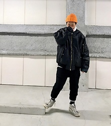 ★masaki★ - Marc By Jacobs Beanie, Rothco 6xl Bomber, Ch. Cropped Wool Pants, Vans Marc Jacobs - Orange head