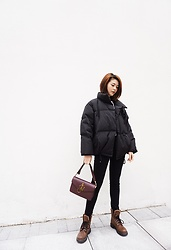 Lina Lee - Slash Dash Black Down Jacket, J. W. Anderson Handbag, Dr. Martens Fur Boots - Cozy + Warm Winter Vibe