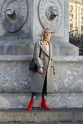 Ana Vukosavljevic - H&M Coat, Picard Bag, Ego Ankle Boots, Romwe Jeans, Stradivarius Chokers - How To Style A Sock Boots?
