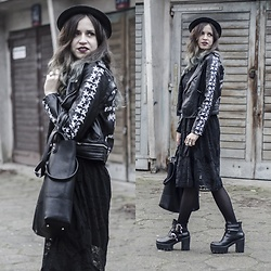 Ola Brzeska - Zaful Leather Jacket, Atmosphere Shopper Bag, Zibru Boots, Zaful Dress, Terranova Hat - Laced dress