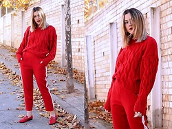 Amy Ramírez - Nasty Gal Trousers, Shein Sweater - All red