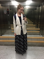 Lexa - Zara Cardigan, My Hand Made Earrings, Rezeda Suleiman Skirt - 119.