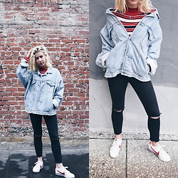 Giovanna Osterman - Gap Vintage Denim Jacket, American Apparel Jeans, Nike Sneakers, Forever 21 Necklace - 01.18.18