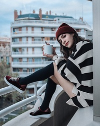 Frankie Miles - Urban Outfitters Beanie, Pull & Bear Striped Sweater, Accessorize Fishnet Tight, Falke Stockings, Bench Velveteen Sneaker - Bench Barcelona