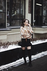 Alina Ermilova - Romwe Chunky Sweater, Vipme Over Knee Boots - How To Style Chunky Sweaters In a Chic Way