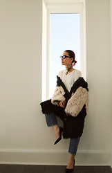 Tracy Qiu - Retro Mas Scarf, Theory T Shirt, Intuition Paris Fur Coat, Jcrew Heels - My winter outfit