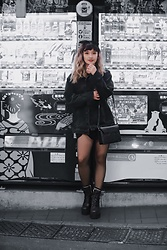 Chiemi Ito - Unif Boots, Oribag Bag - Tokyo Vending Machines